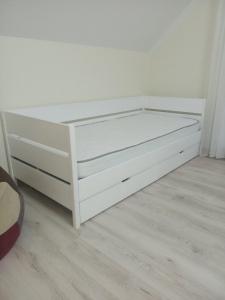 Ліжко Донні (Бук щит)